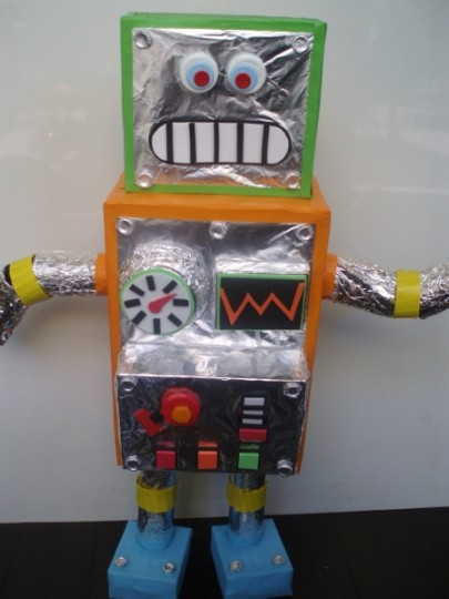 cardboard ideas crafts recycled robots 1235